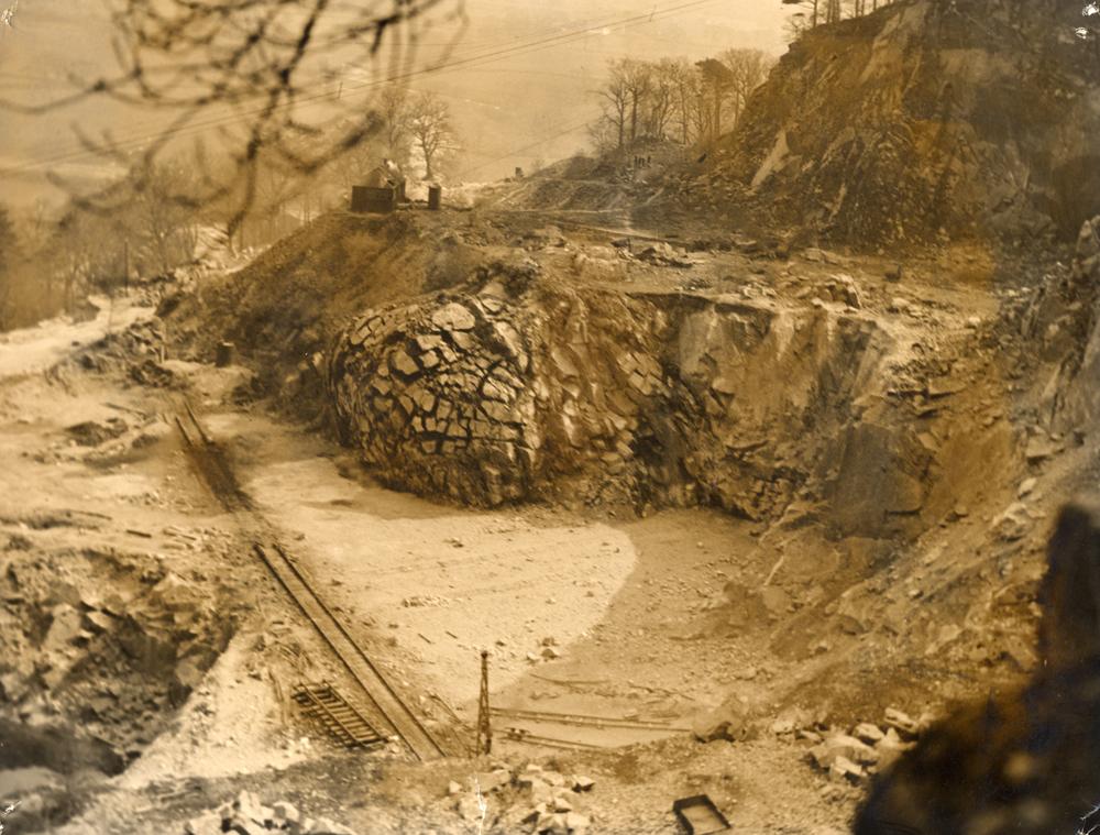 Blasting Dalbeattie Quarry